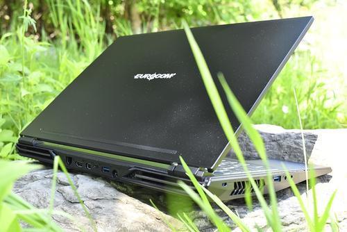 这款16核笔记本电脑性能优于苹果MacBook Pro 具有高达24TB的SSD存储
