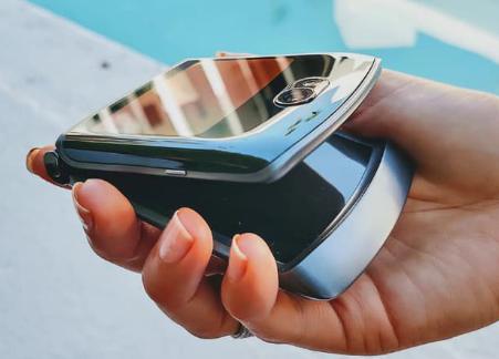 摩托罗拉Razr 5G具有6.2英寸显示屏与高通Snapdragon 765G处理器